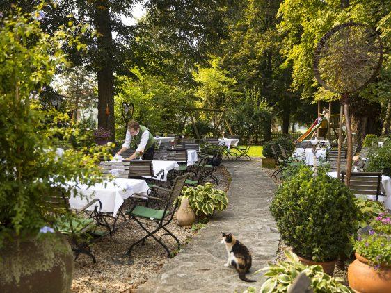 Gastgarten Gasthof Pack