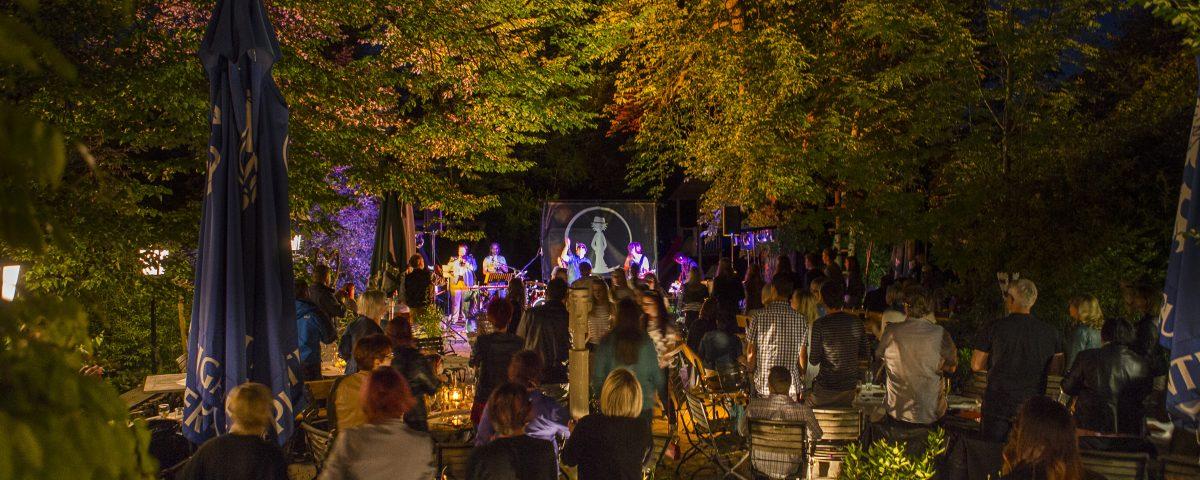 Kulinarik u. Musik im Gastgarten