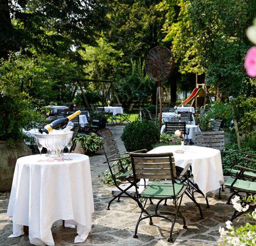 Musik und Kulinarik im Gastgarten